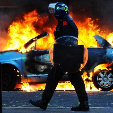 2001 London riots: Paul Townsend / Flickr