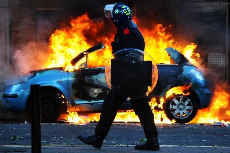 2001 London riots: Paul Townsend / Flickr