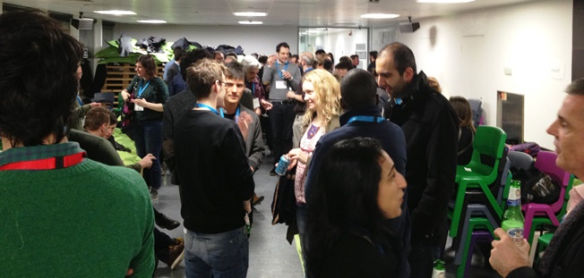 hackshackers-connect-event-in-london-feb-5-2016-networking